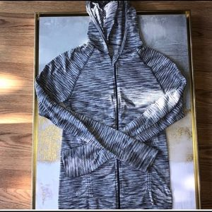 Athleta lightweight zip up jacket